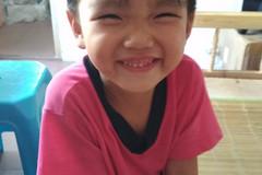 石角发现好可爱的小美女